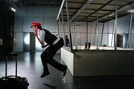 Gleisanschluss Lichtenberg – ein Mysterienspiel 2008 im Theater an der Parkaue, Foto: Christian Brachwitz